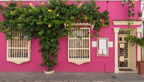 Bright pink building in Cartagena