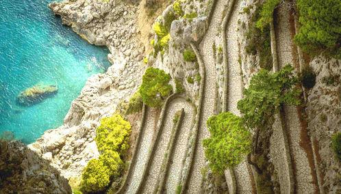 Road to Capri