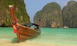 Thai Long Boat