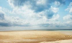 Tanzanian Coast Endless Sands