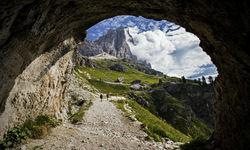 Tofana di Rozes hiking trail