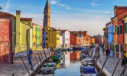 Venice colourful buildings