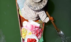 A Vendor on the Floating Market