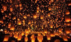 Floating Lights Festival