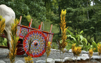 Colourful Costa Rican cart