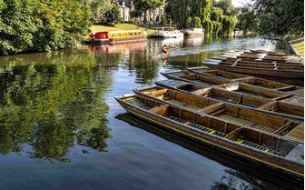 The River Cam that flows through Cambridge