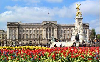 An image of the royal Buckingham Palace