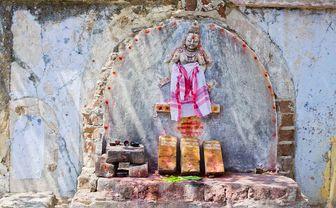 India Pondicherry Hindu offering