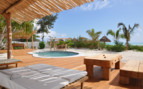 The private pool at White Sand Luxury Villas