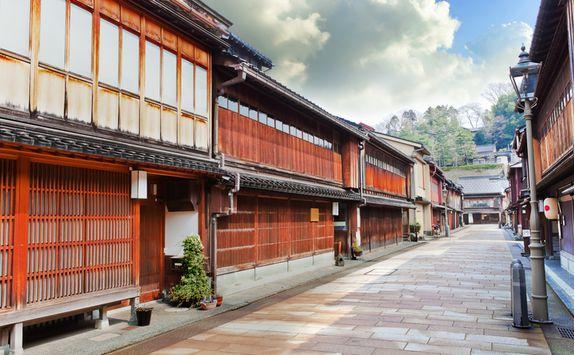 Higashi district street in Kanazawa