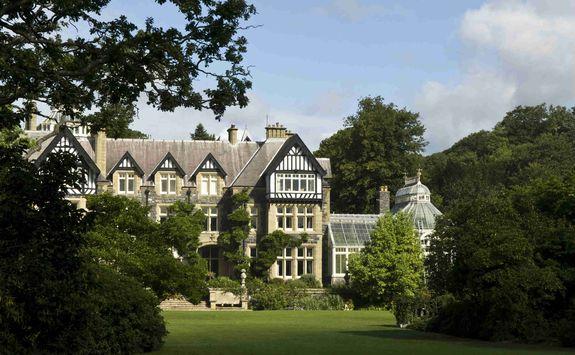 Bodnant Hall, Wales