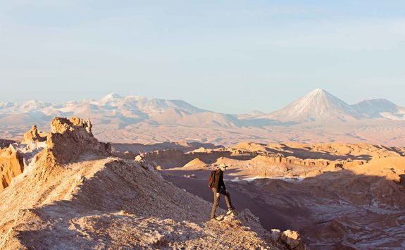 Hiking in Valle de la Luna