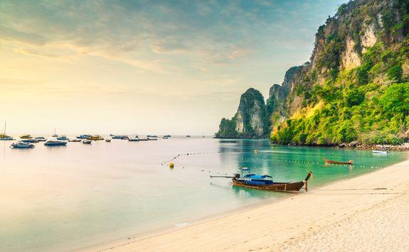 krabi beach town