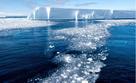 tabular iceberg and brash ice
