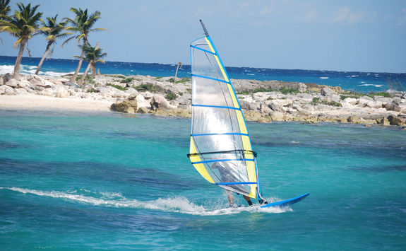 Windsurfing in the Caraibes
