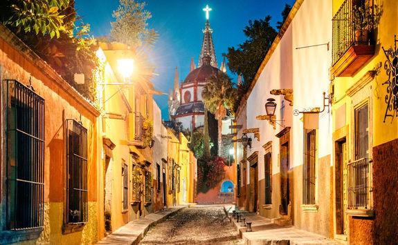 Street by night in San Miguel de Allende