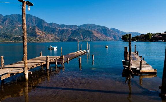 dock lake atitlan
