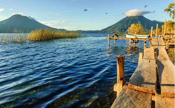 lake atitlan volcanoes
