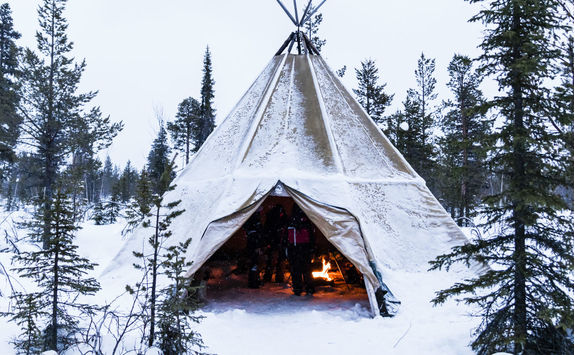 Ti-pi with fire in winter