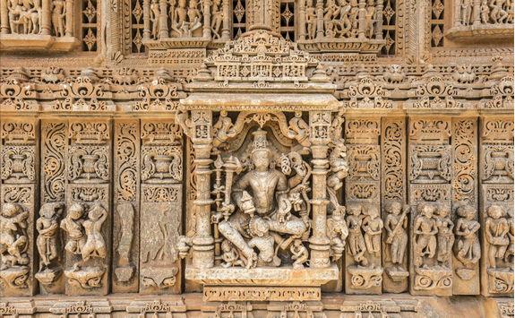 Sas Bahu Temple Details