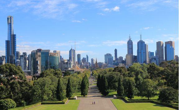 Melbourne cityscape garden