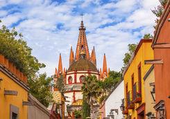 Aldama street and Parroquia Archangel church