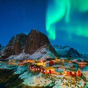Loften Islands Northern Lights