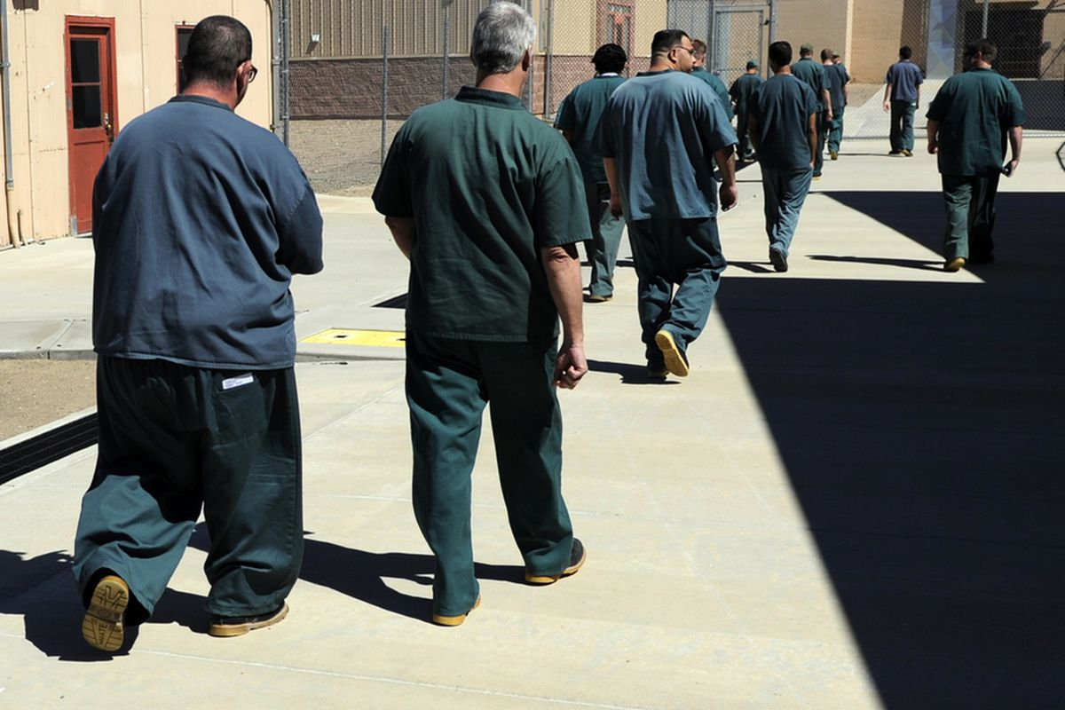 Should non-violent prisoners be released from jail in order to reduce overcrowding