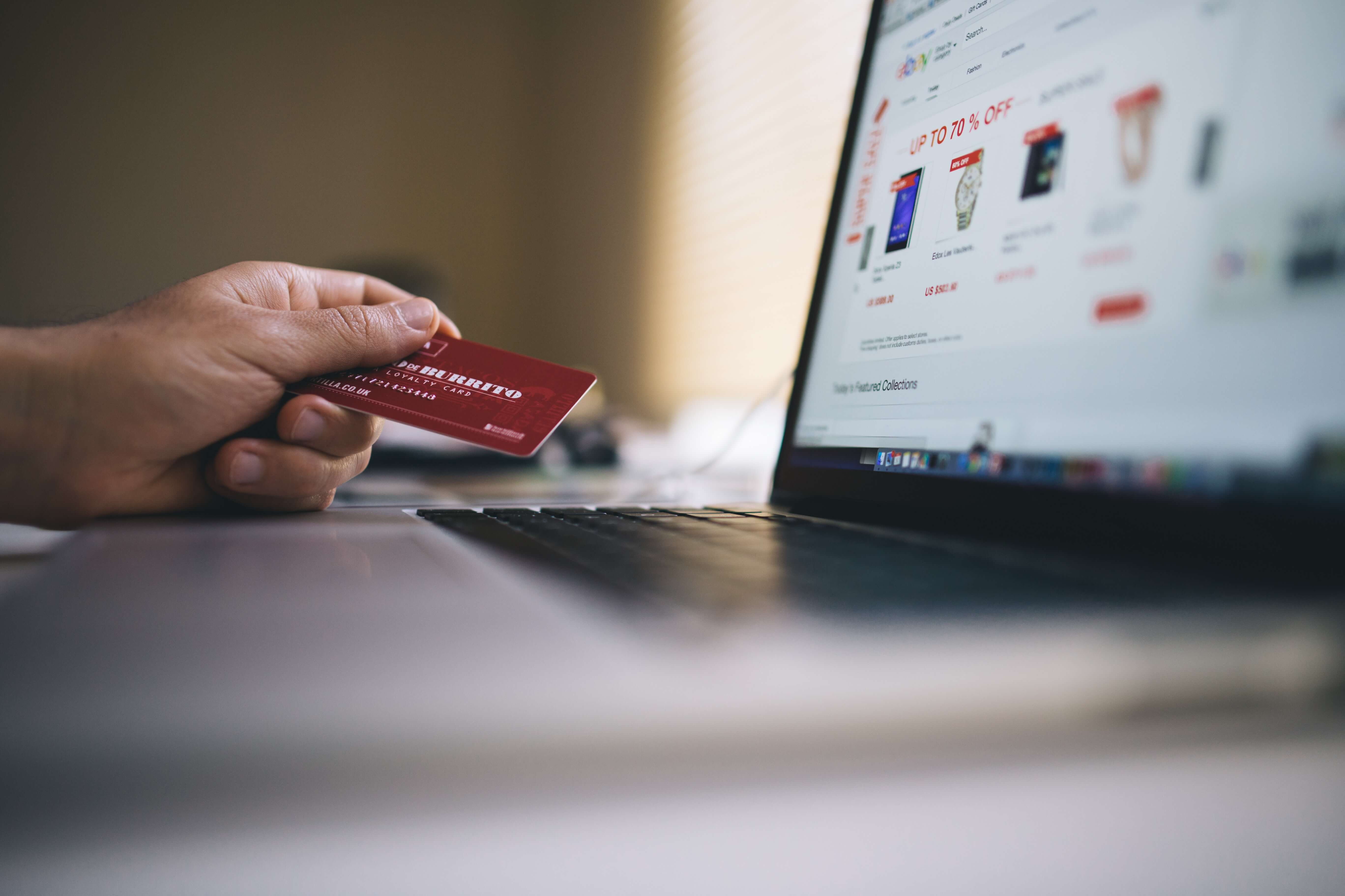 is dropshipping legal person holding credit card