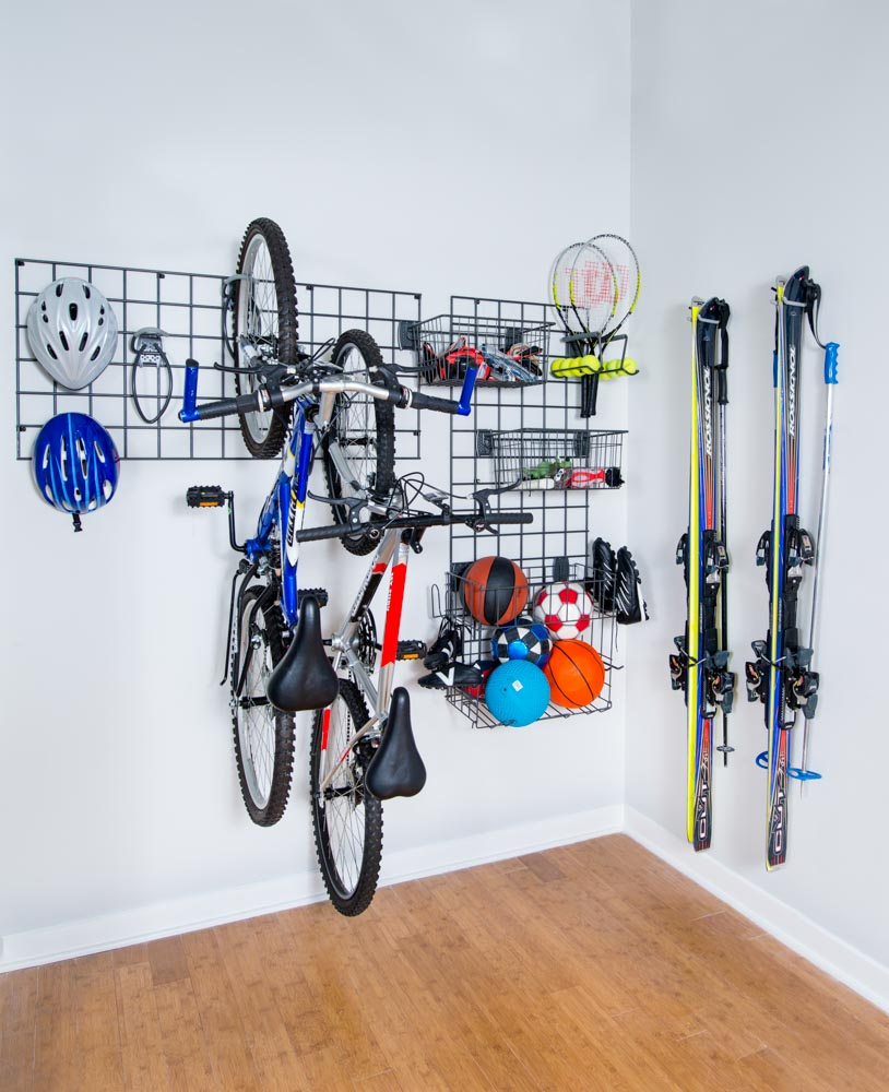 activity-organizer-grid-with-accessories-for-sports-equipment