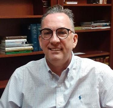Me Luc Couturier, avocat et agent de titres licencié l'importance