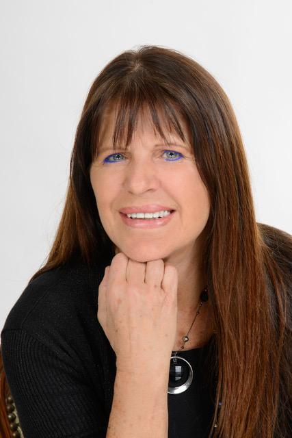 Yolaine Bouchard, agent immobilier les Québécois devraient profiter d'un marché en baisse