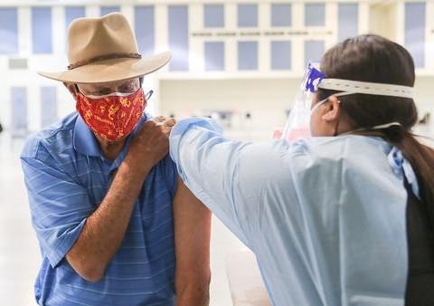 Voici la nouvelle règlementation en Floride pour réduire le tourisme des vaccins pour les 65 ans et plus qui fera certes plaisir aux snowbirds canadiens