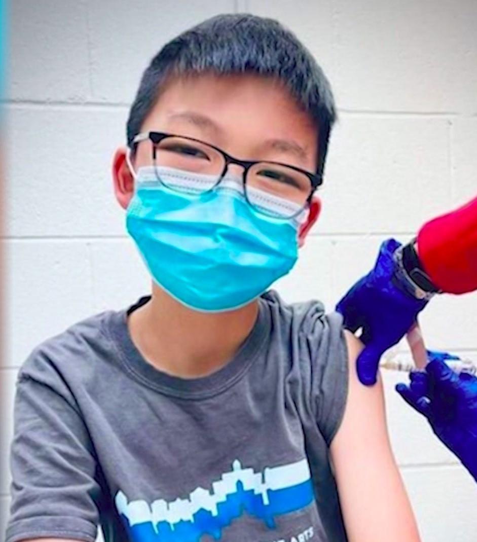 La jeunesse floridienne se fout carrément des recommandations du CDC et signale 3500 nouveaux cas et pour éviter le pire les jeunes de moins de 18 ans pourront être vaccinés