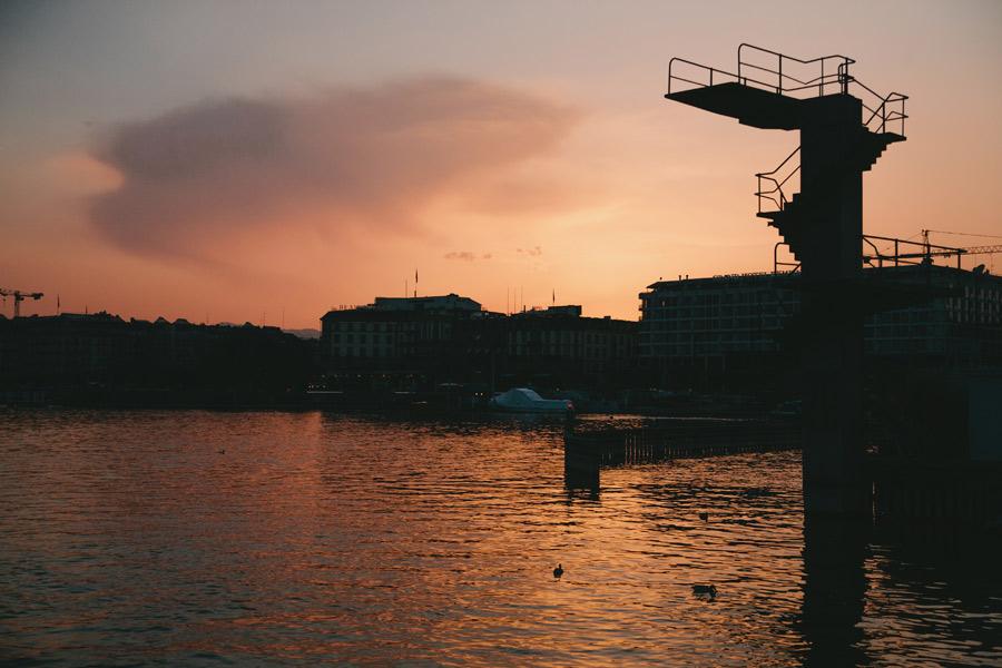 lake-geneva-switzerland-at-sunset