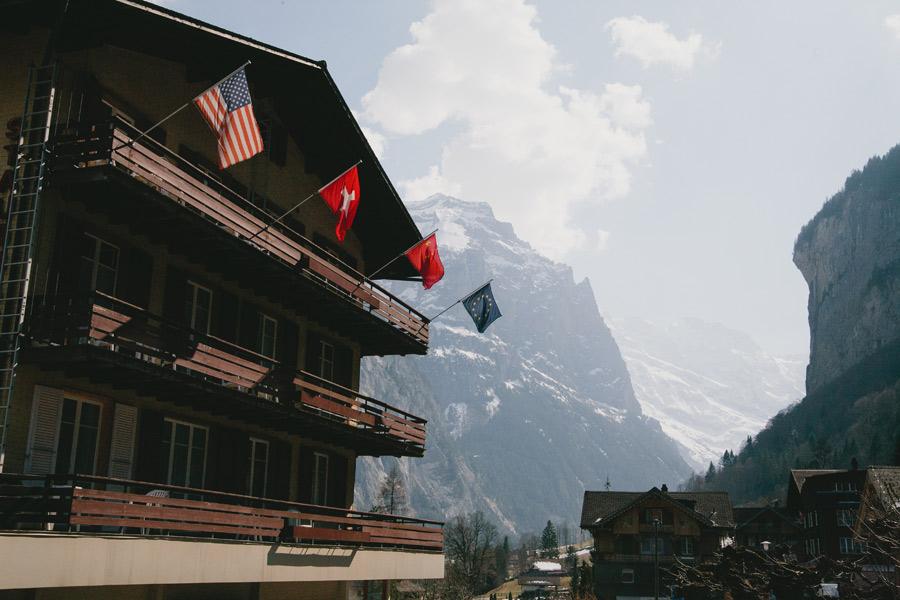 american-flag-swiss-flag