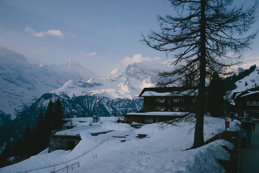 view-from-train-to-murren