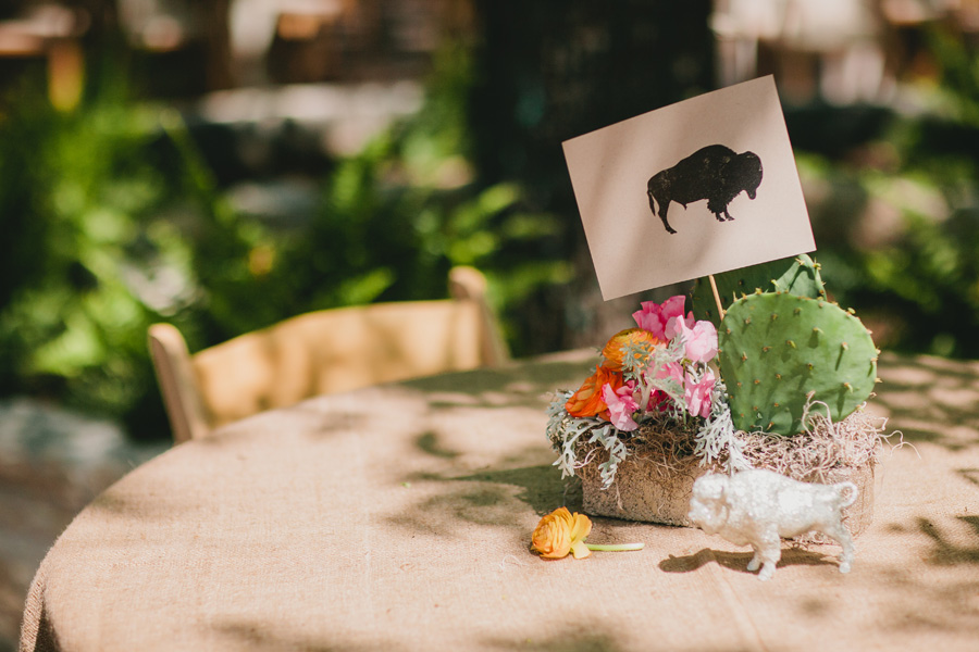 animal-themed-centerpieces