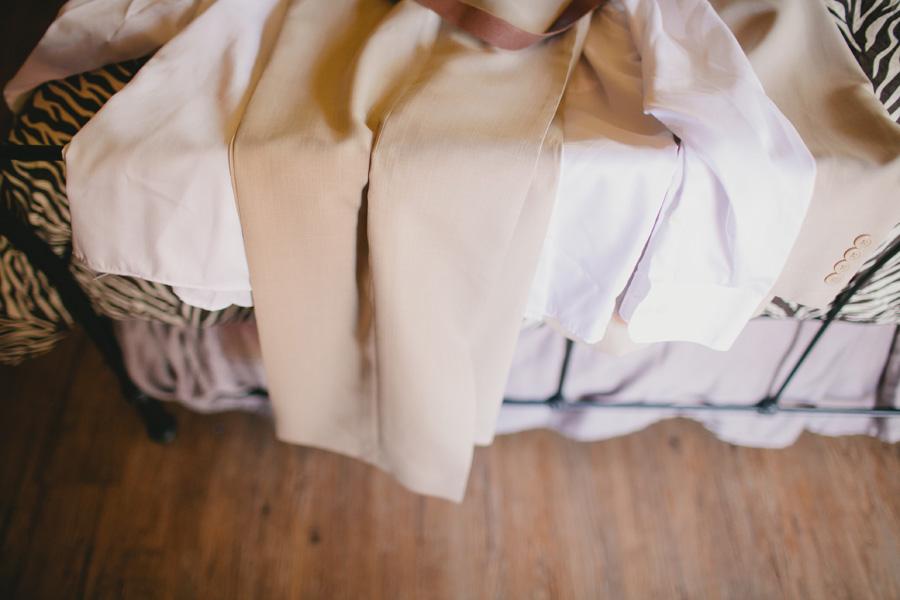 groom-attire-outdoor-texas-wedding