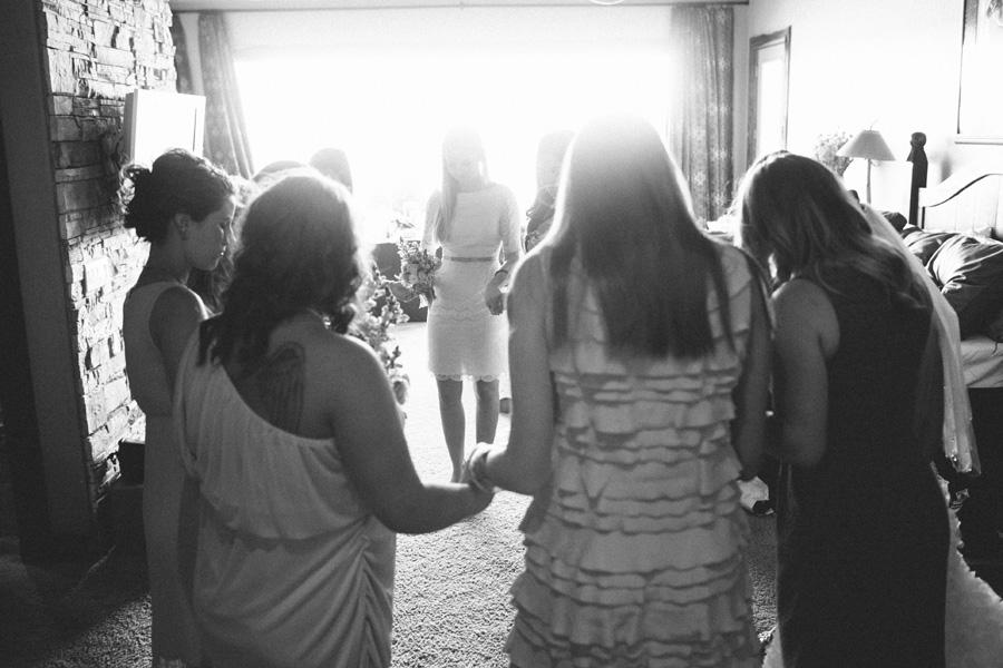 prayer-before-wedding