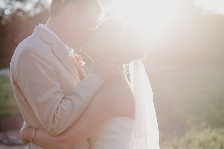 bride-and-groom-sunset-photos