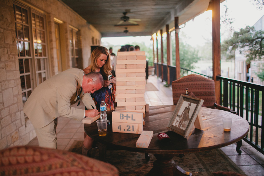 giant-jenga-guestbook