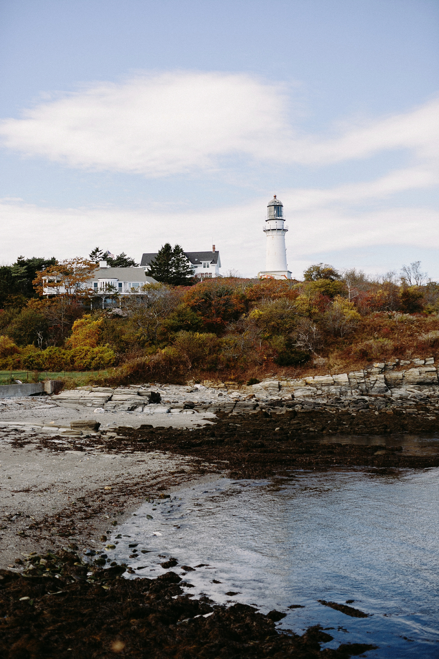 lighthouse-in-maine