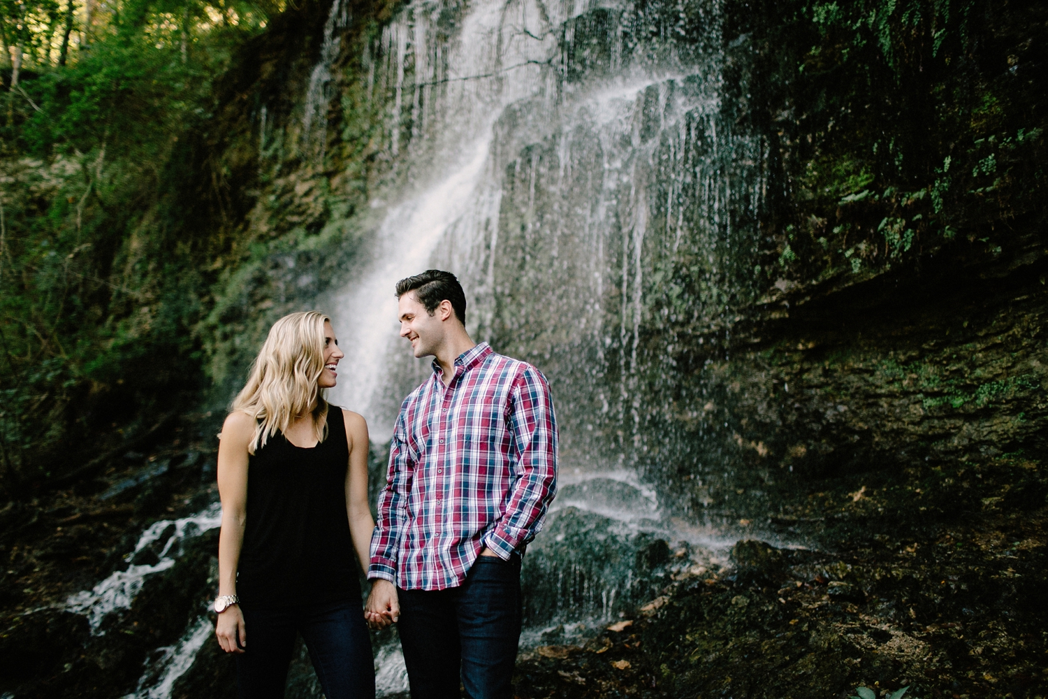 outdoor-engagement-session-ideas