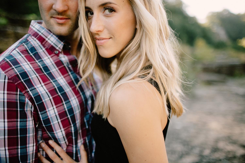 romantic-engagement-session