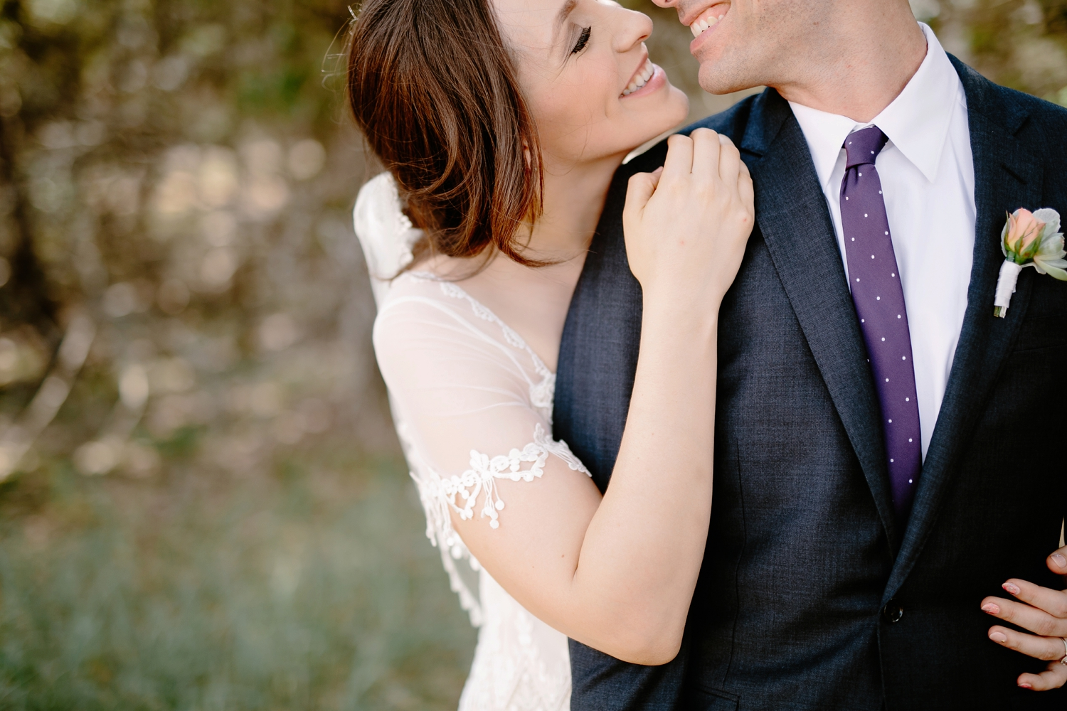 romantic-texas-wedding-close-up