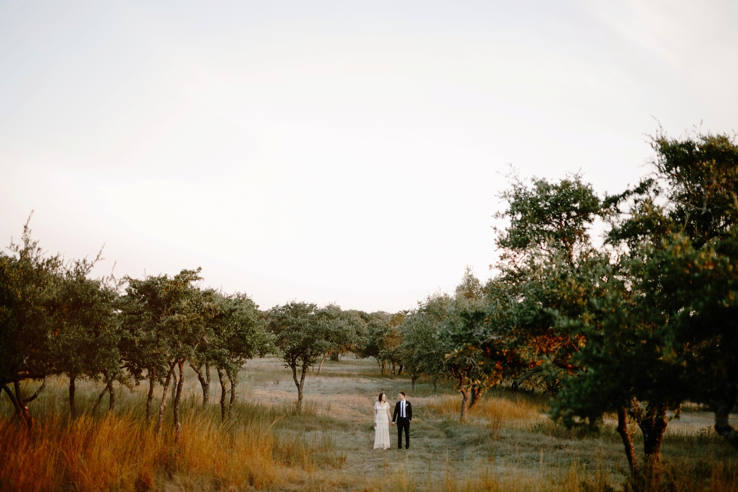 hill-country-texas-wedding-couple