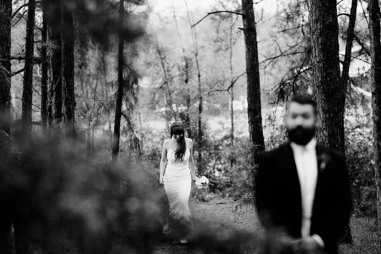 rainy-wedding-pictures-033