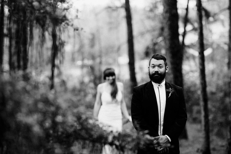 rainy-wedding-pictures-034