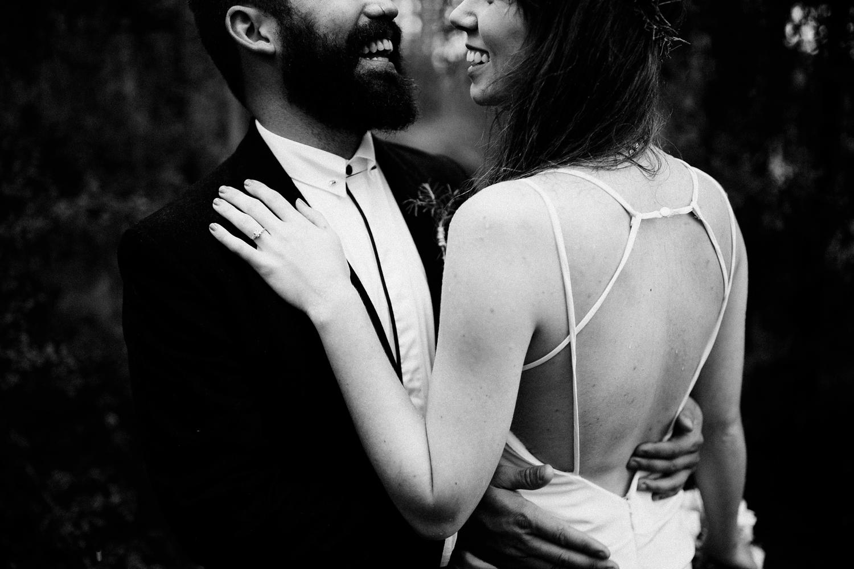 rainy-wedding-pictures-046